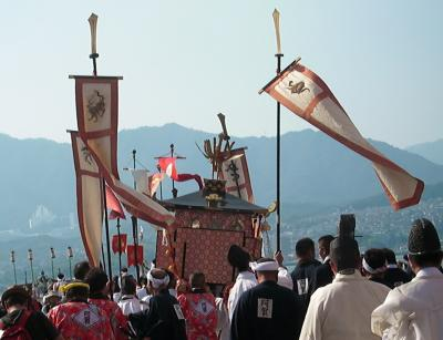 それは大潮の日の平安絵巻~厳島神社管絃祭~