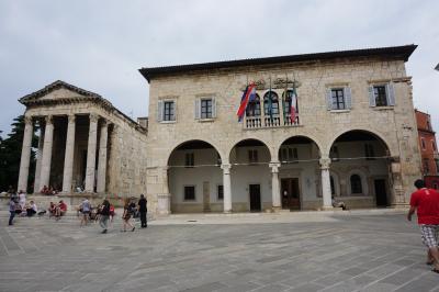 イタリア三都市 + イストラ半島ドライブ #8 : プーラ、ローマ遺跡の宝庫