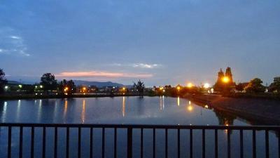 早朝散歩 伊丹市鴻池第一公園。