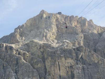 世界遺産ドロミテとアルプス展望ルート10日間の旅⑧コルティナ・ダンペッツオ~ファルツァレーゴ峠~ポリドイ峠迄