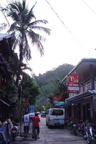 駐在のついでに 【その44】 フィリピン遠征⑧ エルニド2日目、朝食前の街歩き!