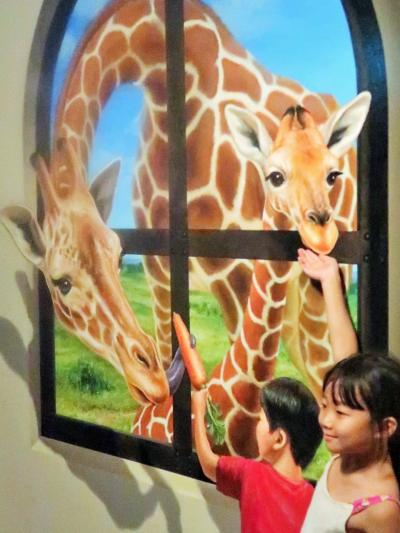 東京トリックアート迷宮館3/3 名画・不思議な空間も ☆誤魔化される楽しみ?