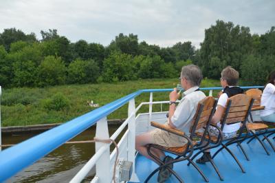 ロシア ボルガ川クルーズ 2 モスクワ市内観光 出航