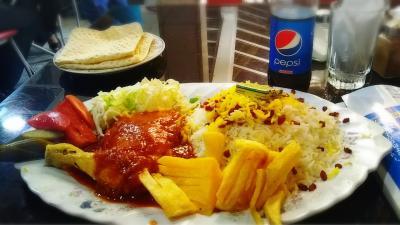外食     テヘラン      2017