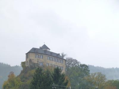 ドイツの秋:⑭アール赤ワイン街道を走る。