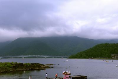 河口湖とカチカチ山