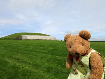 アイルランド一人旅(13)Mary Gibbons ニューグレンジ&タラの丘 日帰りツアー〔後編〕プーニャのおでこが…