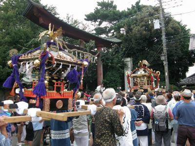 土師祭(はじさい)・・・2-1「千貫神輿」と「らき☆すた神輿」