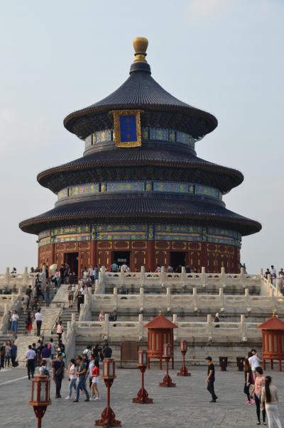 中国の世界遺産No.7:明、清朝の祭祀場 天壇を訪れ、黄昏の北京中央駅周辺を散策する