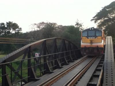 2017 タイ 父子2人旅~カンチャナブリ(後半)~ 始発ナムトク駅から終着トンブリ駅まで旧泰緬鉄道に乗りました ~