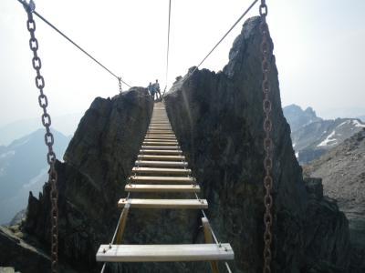 カナディアンロッキーでヴィアフェラータ 2 天空の吊り橋で別世界へ