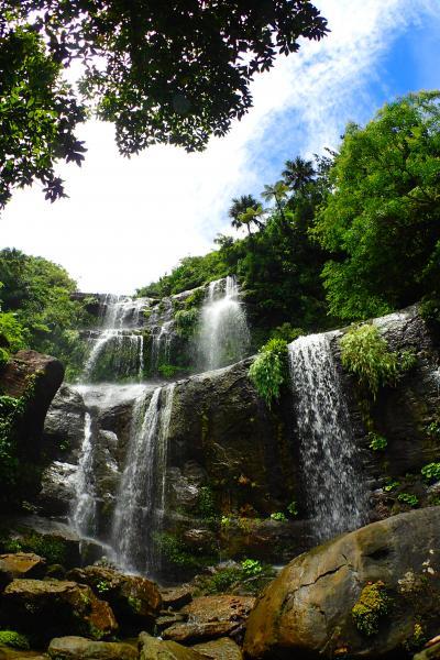 西表島 ユツン3段の滝トレッキング