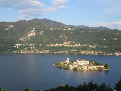 伊瑞仏周遊の旅<第2日AM>オルタ湖と世界遺産サクロ・モンテ→シンプロン峠