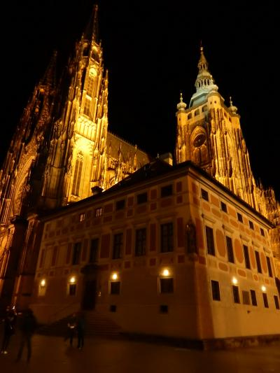 プラハ旧市街・プラハ城の夜景
