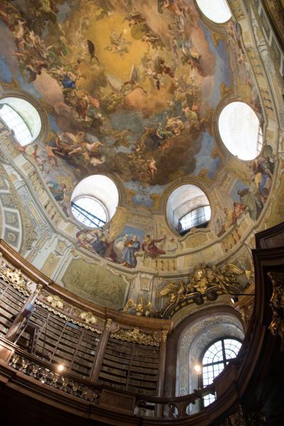 2017.8  今年もマイルで チェコ・オーストリア・ポーランド(&IST・SEL) 中世の美しい城と街並み 8)ウィーンの小路散歩とウィーンパス盛り沢山観光    後半   3・4日目
