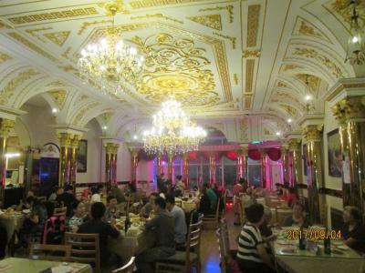 哈爾濱の中央大街・華梅西餐庁