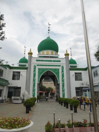3歳娘を連れてマイナーな寧夏回族自治区・銀川5日間の旅2-随分静かな南関清真寺