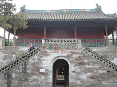 3歳娘を連れて中国山西省7日間の旅3-腹痛に発券トラブル・・ピンチの連続太原編