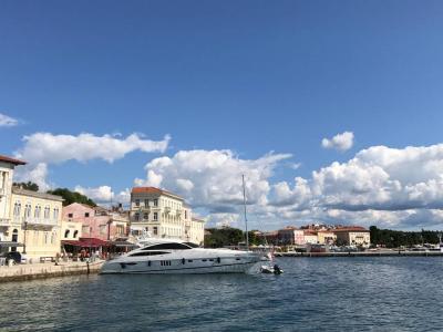 久しぶりの一人旅はイタリア・番外編(クロアチア・ポレチュ)9月21日(木)涙のチンクエテッレのリベンジが出来た~真っ青な空と海(^^)あえて、ポレチュまでの車窓を多めに・・