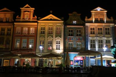 夜のポズナン旧市街広場~かわいいポーランド探訪8日間②の4