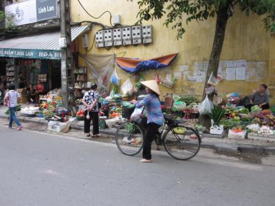 2017 ベトナム・HANトランジット 旧市街ドンスアン市場界隈をぶらぶら歩き旅-1