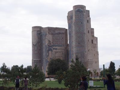 チムールの生誕の地、シャフリサーブス