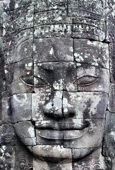 悠久の歴史~インドシナの遺跡・世界遺産を訪ねる旅 その⑨ 6日目その2:アンコールトム、まずは異次元空間が広がるバイヨン寺院へ!