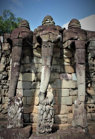 悠久の歴史~インドシナの遺跡・世界遺産を訪ねる旅 その⑩ 6日目その3:アンコール遺跡の芸術性と建築技術を確かめる バプーオン~ピミアナカス~ライ王のテラス~象のテラスを巡る!