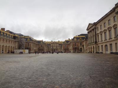 2017.08 スペイン・フランス⑥ 極寒のヴェルサイユ宮殿で2時間並ぶ