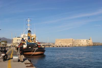ギリシア3日目  クレタ島① 美しいエーゲ海の島・スピナロンガ島