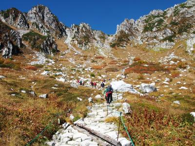 紅葉時期の千畳敷カールへ行き、少しだけ登山もしてきました