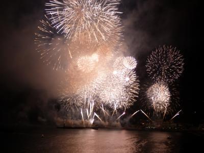 07.花火大会を見る熱海2泊 ホテルのバルコニーから見る熱海海上花火大会