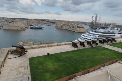 新造船メラビリアで行く地中海クルーズの旅 18