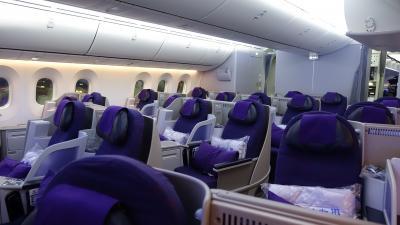 バリ島旅行記 1  中国国際航空ビジネスクラスは最新機材でリーズナブル