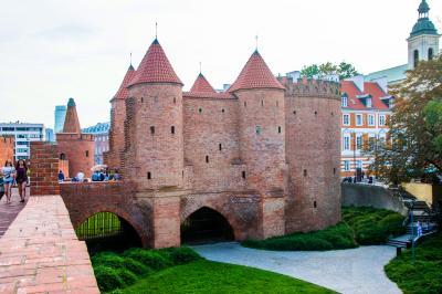 2017.8  今年もマイルで チェコ・オーストリア・ポーランド(&IST・SEL) 中世の美しい城と街並み 12)失敗続きのポーランド  ワルシャワ 前半