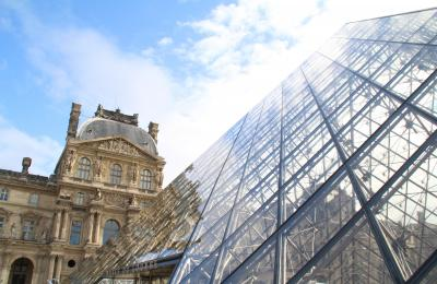 今更ながら憧れの初フランス旅【12】 -- かの有名な「ルーヴル美術館」へ --