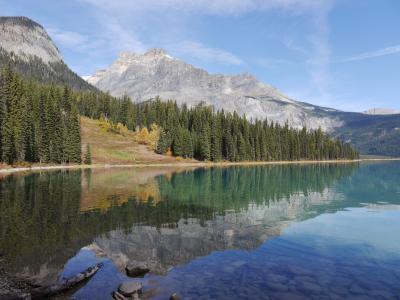 秋色カナダ周遊個人旅行 3.カナディアンロッキー(ヨーホー国立公園とモレーン湖他)