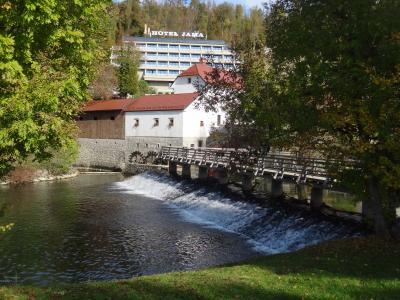 碧く輝くスロベニア・ボストイナ(2)