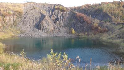 洞爺湖フットパスB 金比羅と西山コース 有珠山噴火の災害遺構散策路を歩く