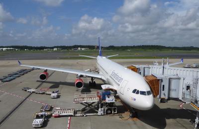 スカンジナビア航空便Pエコノミーとビジネスで東京-北ノルウエー(トロムソ)を往復