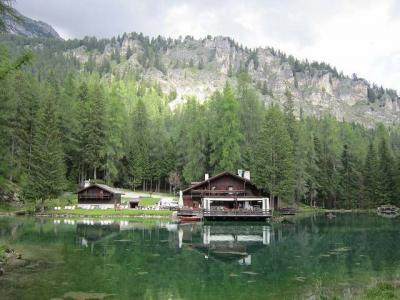 2017、南ドイツ・ザルツカンマーグート・ドロミテで山歩き、その15(ゲディーナ湖へ)