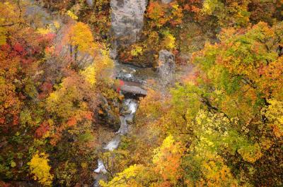 みちのくの紅葉を愛でる旅【2】~紅葉に染まる鳴子峡~
