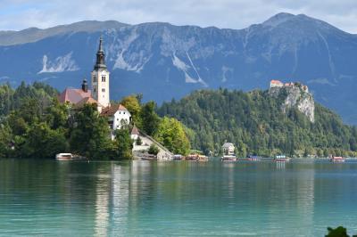 """クロアチアメインの旧ユーゴ4ヶ国と最後に少しオーストリア1人旅 その18:ブレッド湖編 """"アルプスの瞳""""と称される絵画のように美しい景観"""