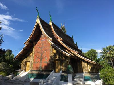 ルアンパバーン寺院ツアー