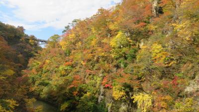 紅葉の鳴子峡、山寺へ