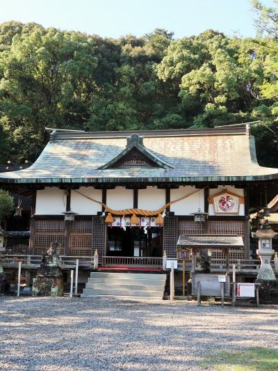 世界文化遺産*鬪鶏神社に参拝 宮司から説明も ☆源氏の勝利を占った故事