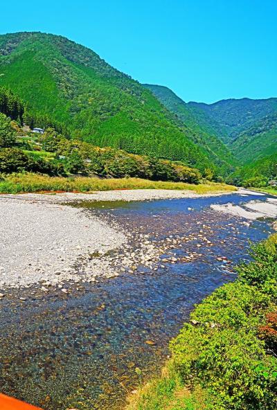 熊野古道-4 近露王子跡 石碑と巨木に面影残し ☆休憩・昼食は素朴な弁当