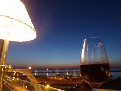 プーリア州優雅な夏バカンス♪ Vol367(第18日) ☆Gallipoli:ガッリーポリ高級ホテル「Palazzo del Corso」優雅なディナー♪煌めく夜景を眺めて♪