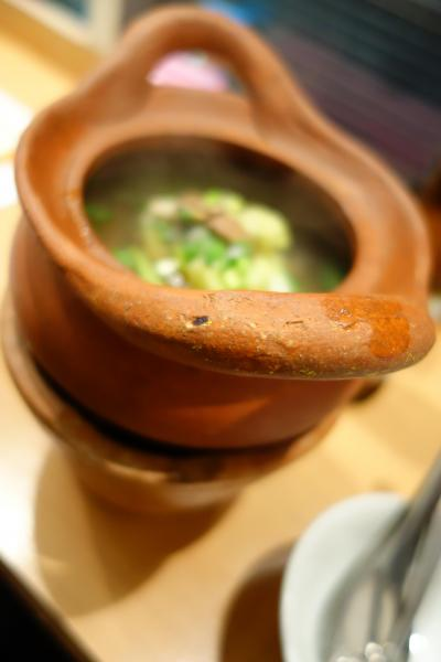 20171108 勝どき タイ王国食堂ソイナナで、チムチュムとかガイヤーンとか