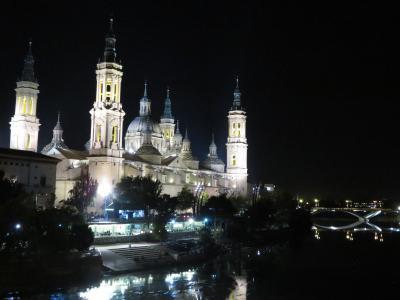 ピラール祭に沸くサラゴサ / サラゴサ / スペイン